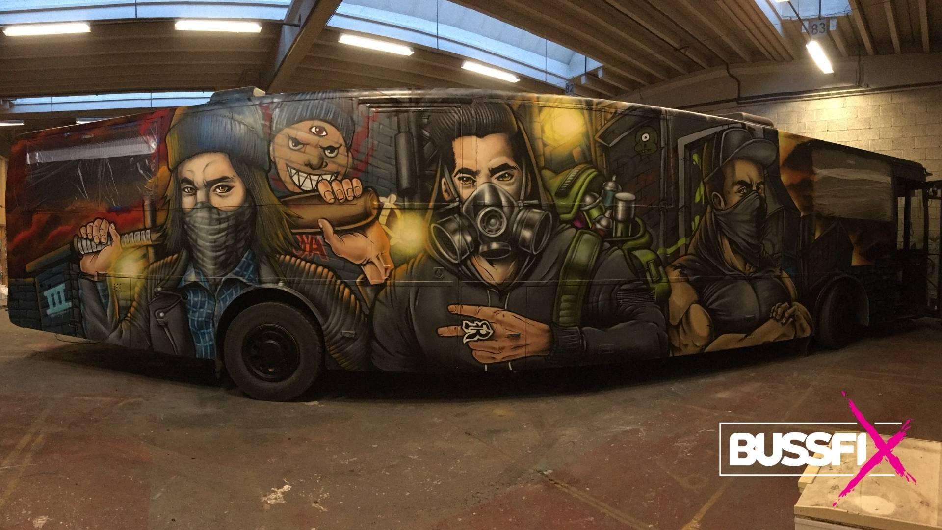Graffiti russebuss